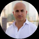 Alberto Adriano, Director de ventas