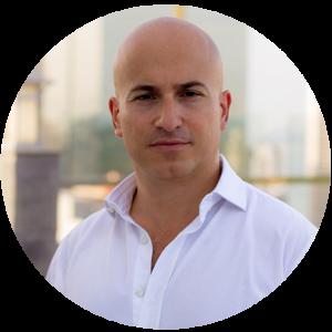 [:en]Alberto Adriano, Director of Sales[:es]Alberto Adriano, Director de ventas[:fr]Alberto Adriano, Directeur de Vents[:]