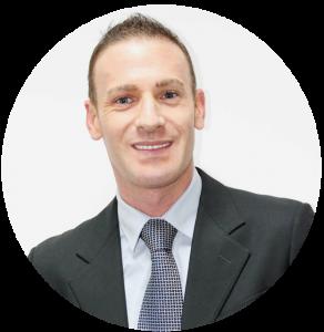 Alessandro Cravero, Jefe de logística[:fr]Alessandro Cravero, Manager en logistique