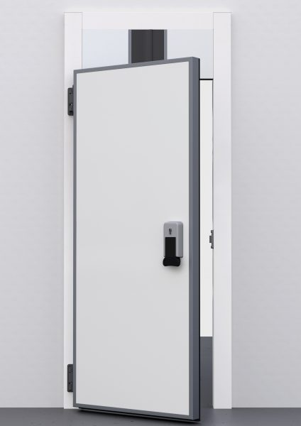 What are the advantages of hinged coldroom doors